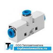 Генератор вакуума с подключением вакуумных захватов и держателей